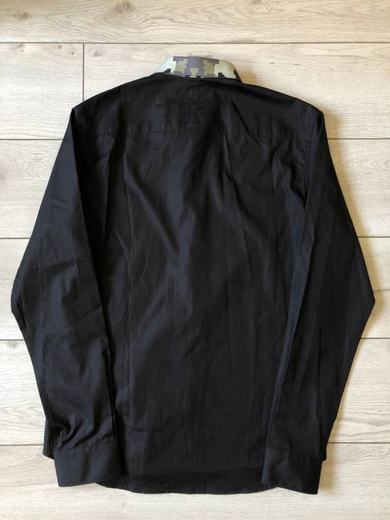Givenchy Givenchy Black/Digital Camo Collar Shirt Size US M / EU 48-50 / 2 - 4