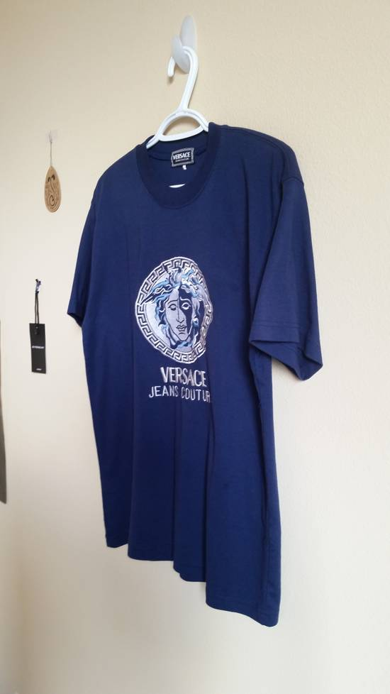 Versace Jeans Couture Medusa Head Greek Key Medallion Embroidered Tee Shirt Size US XL / EU 56 / 4 - 5