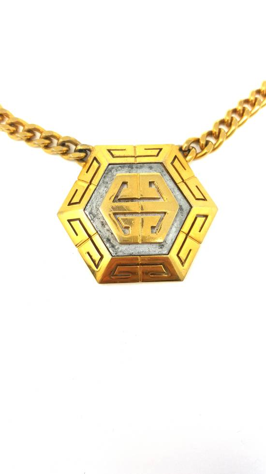 Givenchy OVERSIZED Gold plated logo necklace Size ONE SIZE - 7