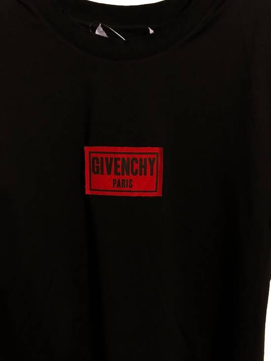 Givenchy Patch logo Size US S / EU 44-46 / 1