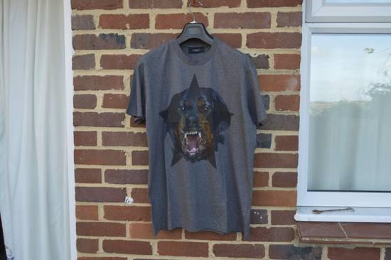 Givenchy Grey Rottweiler Star T-shirt Size US XS / EU 42 / 0