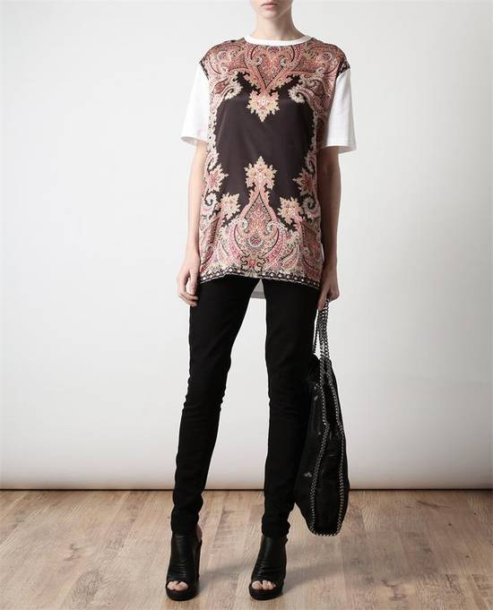 Givenchy $685 Givenchy Satin Paisley Floral Birds of Paradise Oversized T-shirt size S (M) Size US M / EU 48-50 / 2 - 4