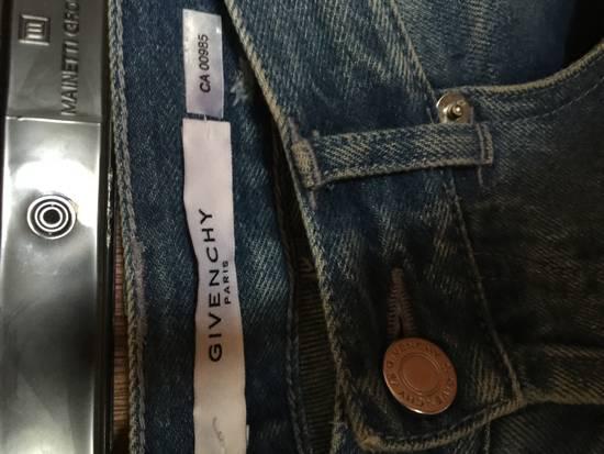 Givenchy Distressed denim Size US 30 / EU 46 - 1