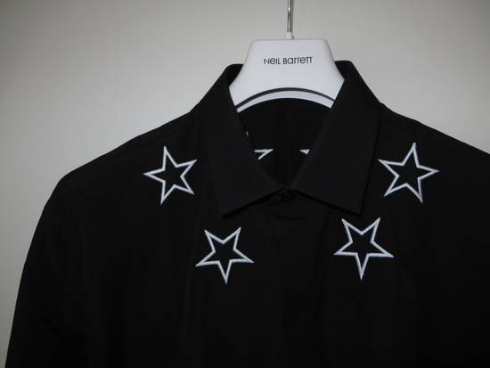 Givenchy Black and white embroidered stars shirt Size US S / EU 44-46 / 1