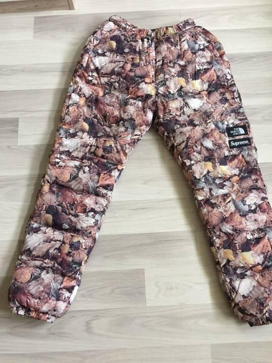 be614ec08b Supreme Supreme X The North Face Nuptse pants F W 2016 Leaves   Medium Size  ...