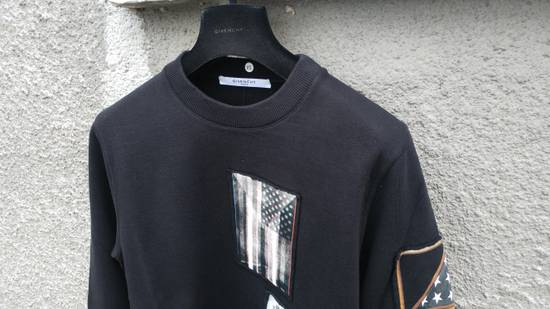 Givenchy $870 Givenchy America Flag Patch Rottweiler Shark Star Sweater size XS (relaxed fit) Size US XS / EU 42 / 0 - 4