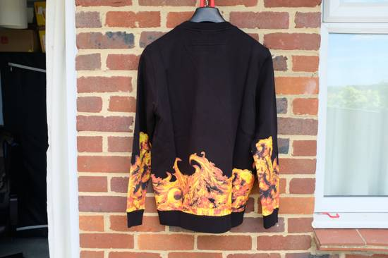 Givenchy Flame Print Sweater Size US L / EU 52-54 / 3 - 5