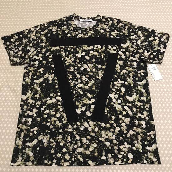 Givenchy SS15 Baby's Breath Floral T-shirt NWT Size US M / EU 48-50 / 2
