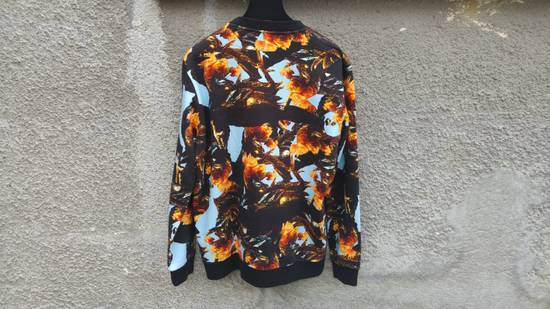 Givenchy $760 Givenchy Monkey Rooster Fight Print Rottweiler Stars Sweater size L Size US L / EU 52-54 / 3 - 7