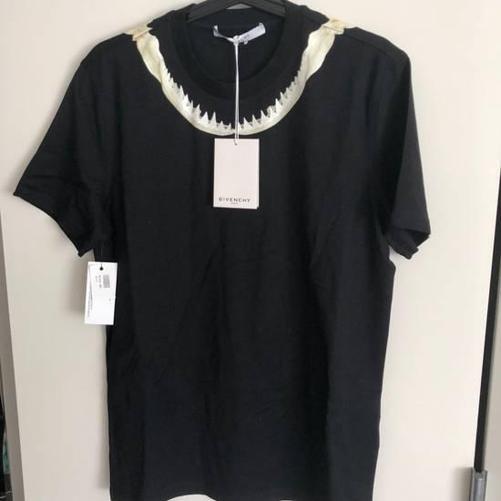 Givenchy Shark Teeth Cuban Fit T-shirt Size US S / EU 44-46 / 1