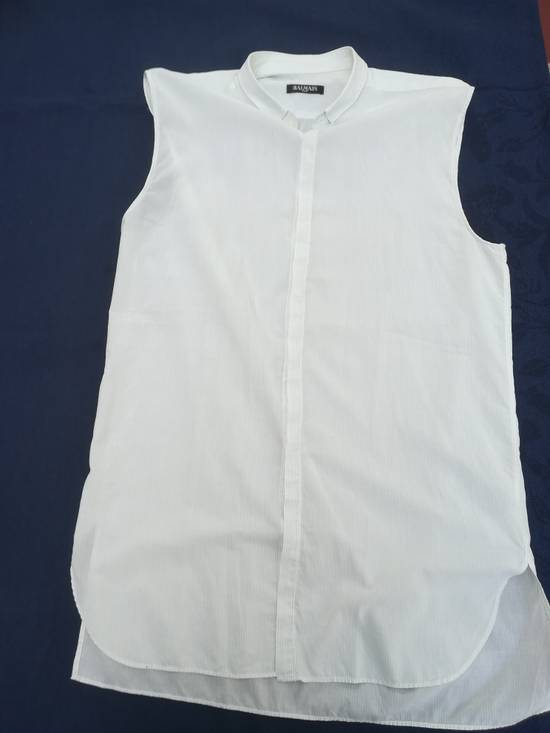Balmain BALMAIN SHIRT sleeveless white striped like new 39/15,5 Size US M / EU 48-50 / 2 - 3