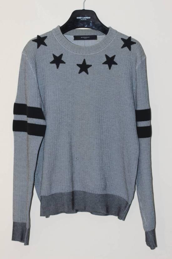 Givenchy Star Applique Sweatshirt Size US S / EU 44-46 / 1