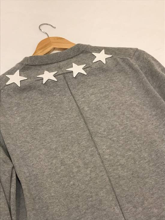 Givenchy Collar Star Embroidered Sweatshirt Size US M / EU 48-50 / 2 - 2