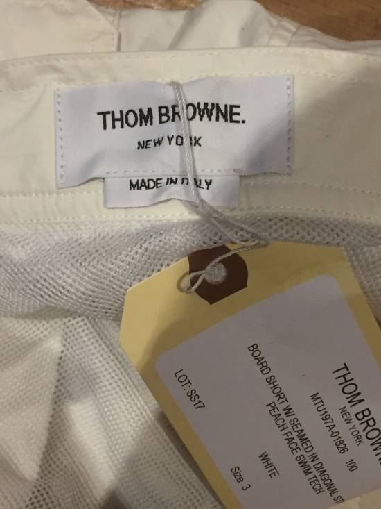 Thom Browne Need Gone NWT Off White Board Shorts Diagonal Stripe Size 3 Size US 32 / EU 48 - 4