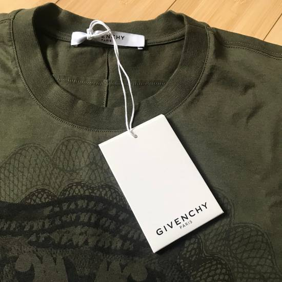 """Givenchy Givenchy """"1000$"""" Tee shirt Brand New M Columbian Fit Size US M / EU 48-50 / 2 - 4"""