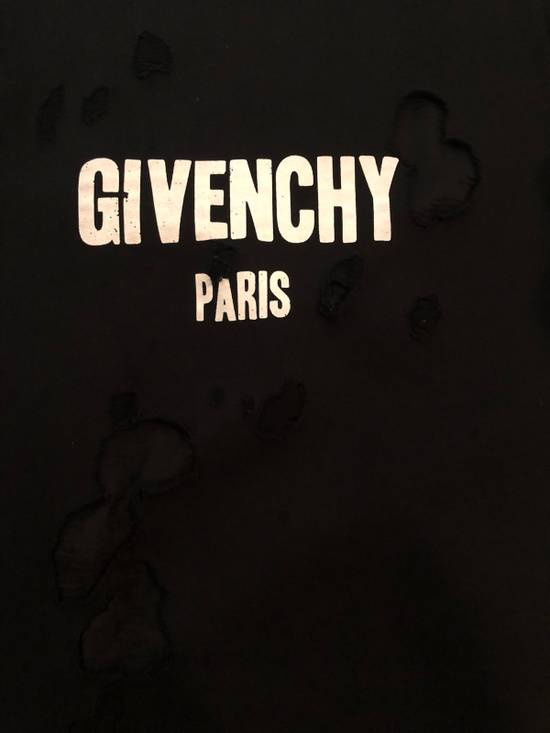 Givenchy Givenchy Destroyed Sweater With Givenchy Logo Embroidered Size US XS / EU 42 / 0 - 6