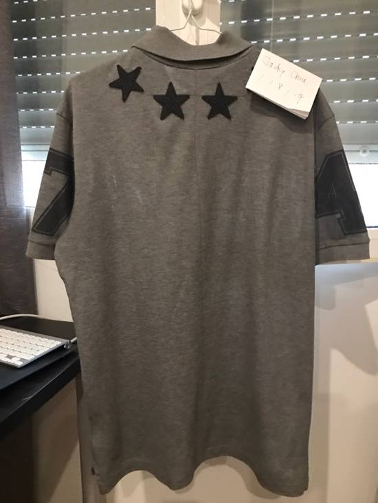 Givenchy Classic Grey Stars Polo 47 Cuban Fit Size US L / EU 52-54 / 3 - 1