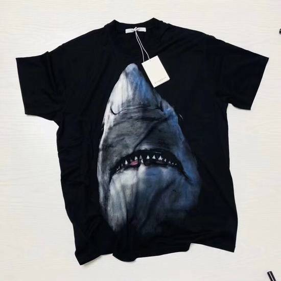 Givenchy SHARK PRINTED T-SHIRT Size US L / EU 52-54 / 3