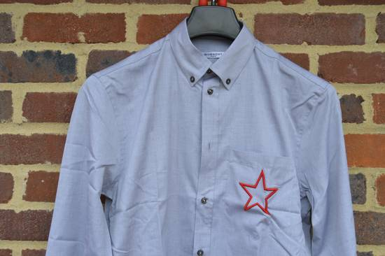 Givenchy Grey Embroidered Star Shirt Size US M / EU 48-50 / 2 - 3