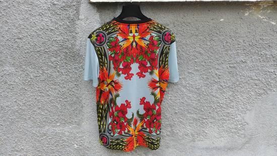Givenchy $740 Givenchy Blue Iris Floral Birds of Paradise Star Oversized T-shirt size XS Size US M / EU 48-50 / 2 - 7