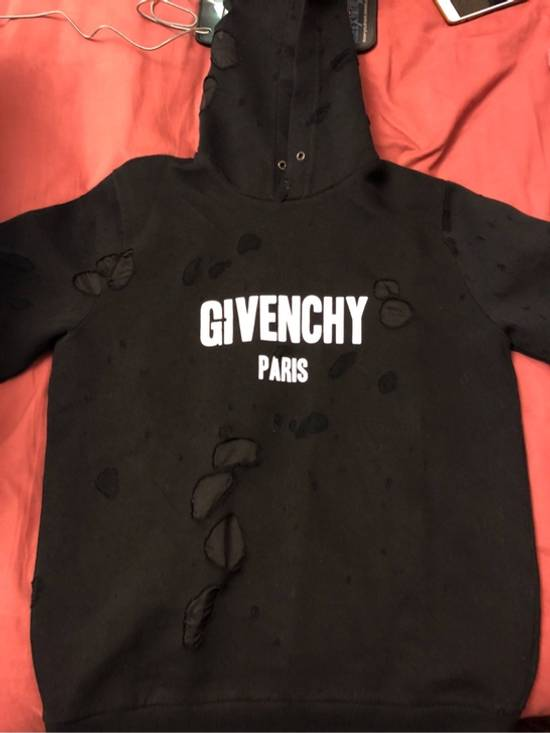 Givenchy Distressed Logo Print Hoodie Size US S / EU 44-46 / 1 - 1