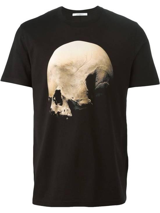 Givenchy Skull T-shirt Size US M / EU 48-50 / 2 - 5