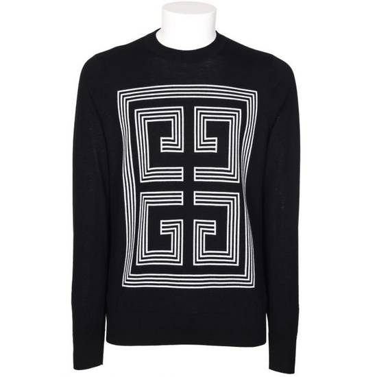 Givenchy Logo Sweater Size US M / EU 48-50 / 2