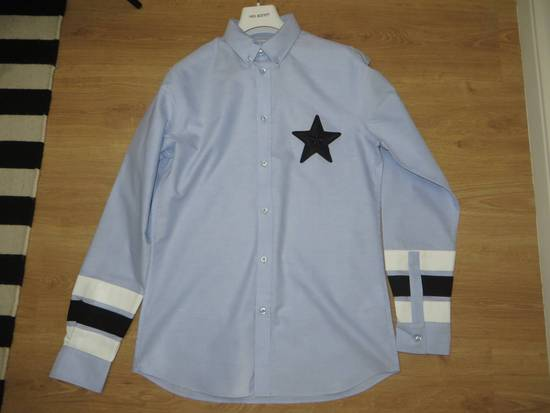 Givenchy Embroidered star applique shirt Size US L / EU 52-54 / 3 - 8