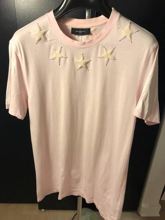 Givenchy Star T-shirt. Size US L / EU 52-54 / 3