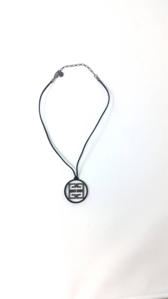 Givenchy Logo necklace Size ONE SIZE - 7