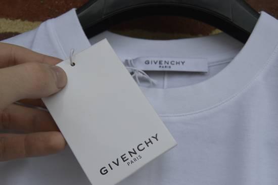Givenchy Red Hem Logo T-shirt Size US S / EU 44-46 / 1 - 4