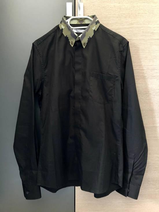 Givenchy Givenchy Black/Digital Camo Collar Shirt Size US M / EU 48-50 / 2