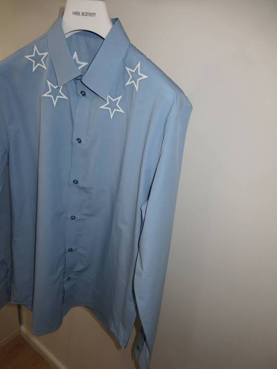 Givenchy Embroidered stars shirt Size US M / EU 48-50 / 2 - 1