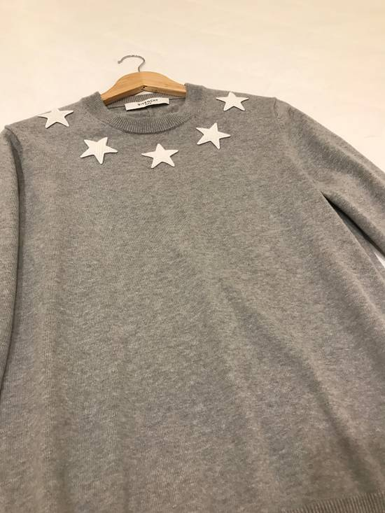 Givenchy Collar Star Embroidered Sweatshirt Size US M / EU 48-50 / 2