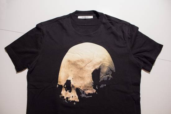 Givenchy Skull T-shirt Size US M / EU 48-50 / 2