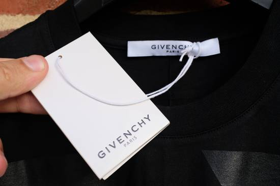 Givenchy Wings Print T-shirt Size US S / EU 44-46 / 1 - 6