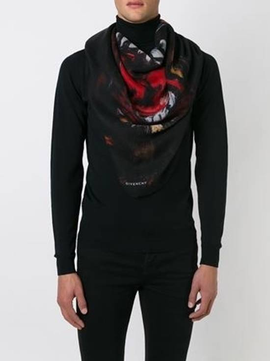 Givenchy Rottweiler Scarf Size ONE SIZE - 6