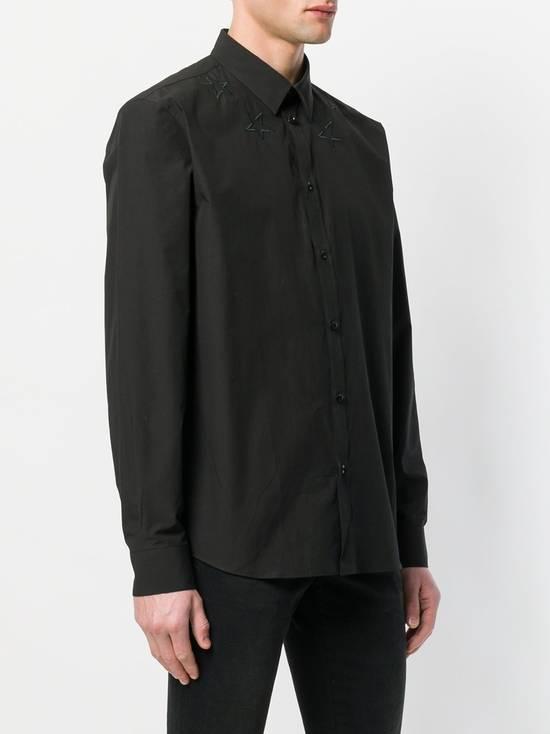Givenchy $520 Givenchy Black Star Embroidered Rottweiler Shark Men's Shirt size 41 (L) Size US L / EU 52-54 / 3 - 3