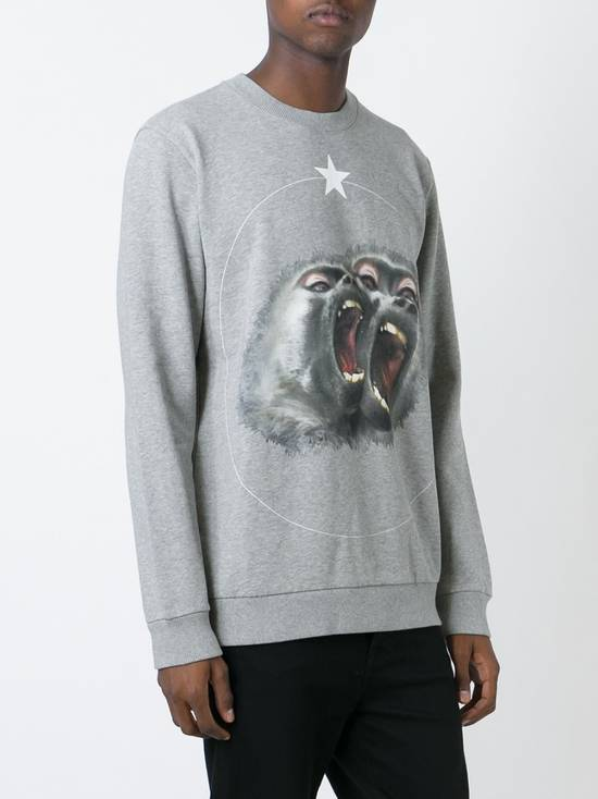 Givenchy Givenchy Grey Twin Monkey Brothers Print Rottweiler Men's Sweater size XS (S / M) Size US S / EU 44-46 / 1 - 2