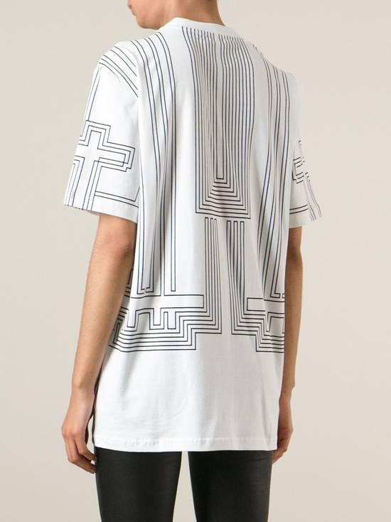 Givenchy $595 Givenchy Geometric Cross Print Rottweiler Shark Oversized T-shirt size XS (M) Size US M / EU 48-50 / 2 - 3