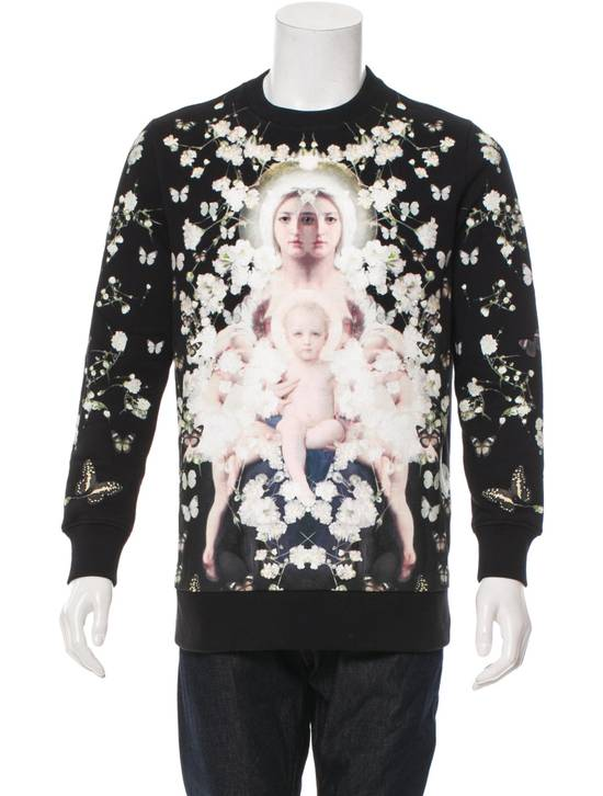 Givenchy Madonna and Child Baby's Breath Sweater Size US S / EU 44-46 / 1 - 1