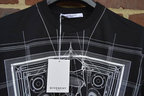 Givenchy Black Graphic Print T-shirt Size US S / EU 44-46 / 1 - 5