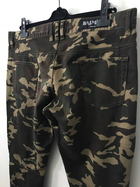 Balmain Size 36 - Heavily Distressed Camo Biker Jeans - FW17 - RARE Size US 36 / EU 52 - 4