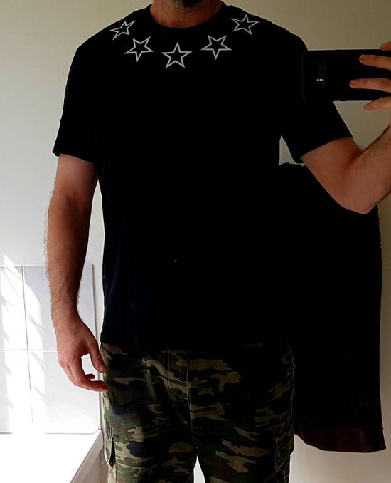Givenchy Star tee Size US XL / EU 56 / 4 - 5