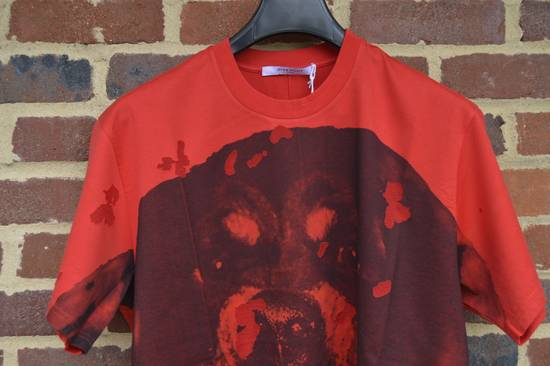 Givenchy Red Destroyed Rottweiler T-shirt Size US L / EU 52-54 / 3 - 1