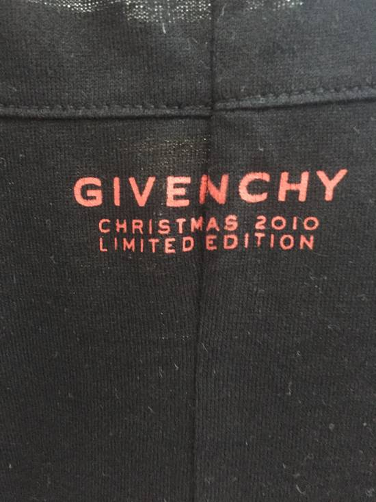 Givenchy Christmas 2010 Limited Edition Size US L / EU 52-54 / 3 - 1