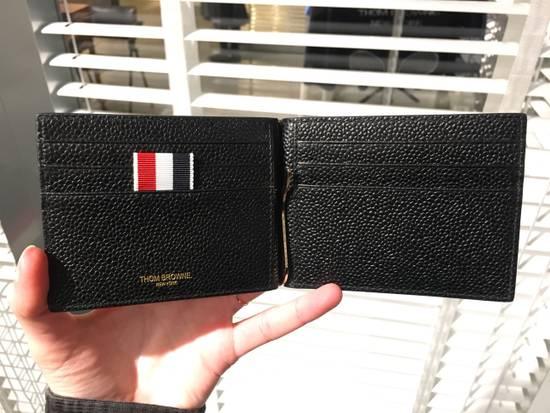 Thom Browne Money Clip Wallet Diagonal RWB Stripe in Pebble Grain + Calf leather Size ONE SIZE - 5