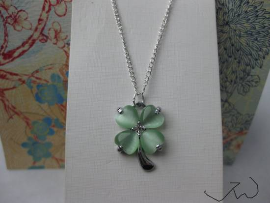 Jw Green Lucky Leaf Chain Necklace Size ONE SIZE