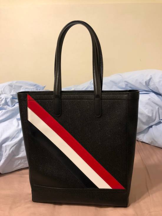 Thom Browne THOM BROWNE Tote In Black Pebble Grain Red, White And Blue Diagonal Strip Size ONE SIZE - 2