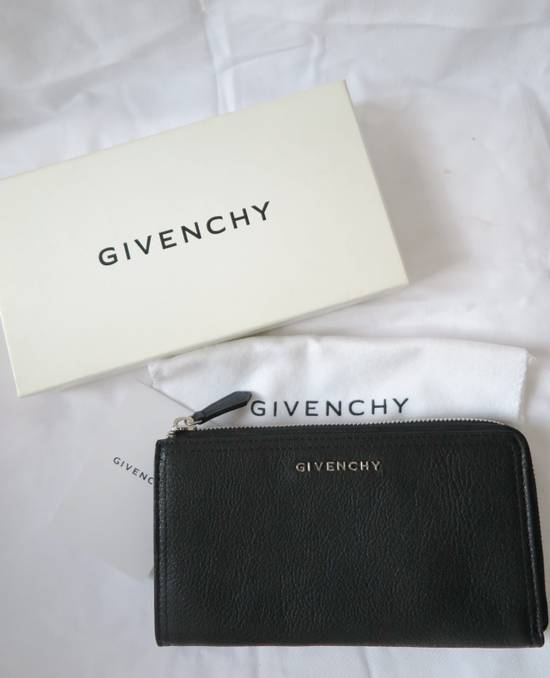 Givenchy Givenchy Pandora Logo Metal Black Leather Zip Long Wallet Size ONE SIZE